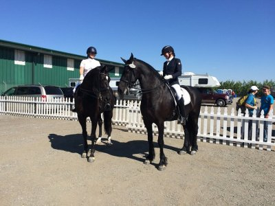 Rachel and Heidi GIlroy Gaits 2015